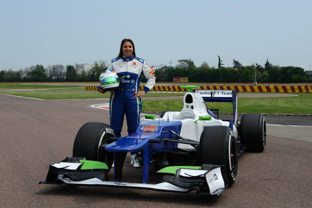 Simona De Silvestro odvozila prve kilometre u F1 bolidu