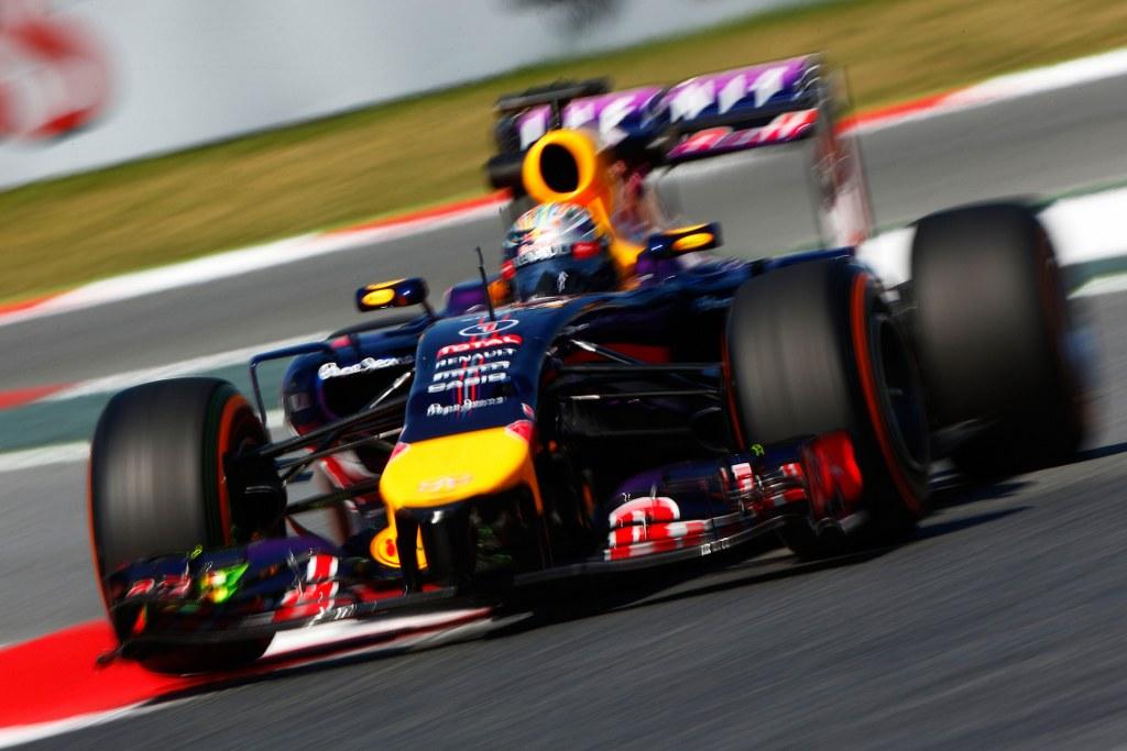 Vettel dobio kaznu zbog promjene mjenjača, starta 15.