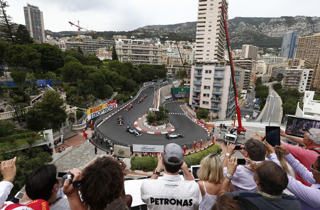 Alonso: Mercedes i Red Bull su zaslužili uspjeh