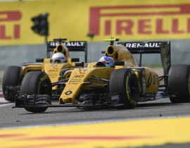 PALMER Jolyon (gbr) Renault F1 RS.16 driver Renault Sport F1 team action MAGNUSSEN Kevin (dan) Renault F1 RS.16 driver Renault Sport F1 team action during 2016 Formula 1 FIA world championship, China Grand Prix, at Shanghai from April 15 to 17 - Photo DPPI